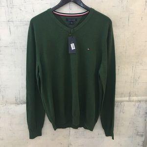 Tommy Hilfiger Men's Cotton V-Neck Sweater Green
